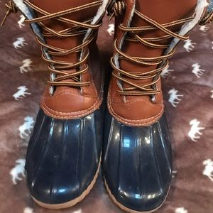 Shoes - Navy/Tan Duck boots. Worn 2 times. Size 9.
